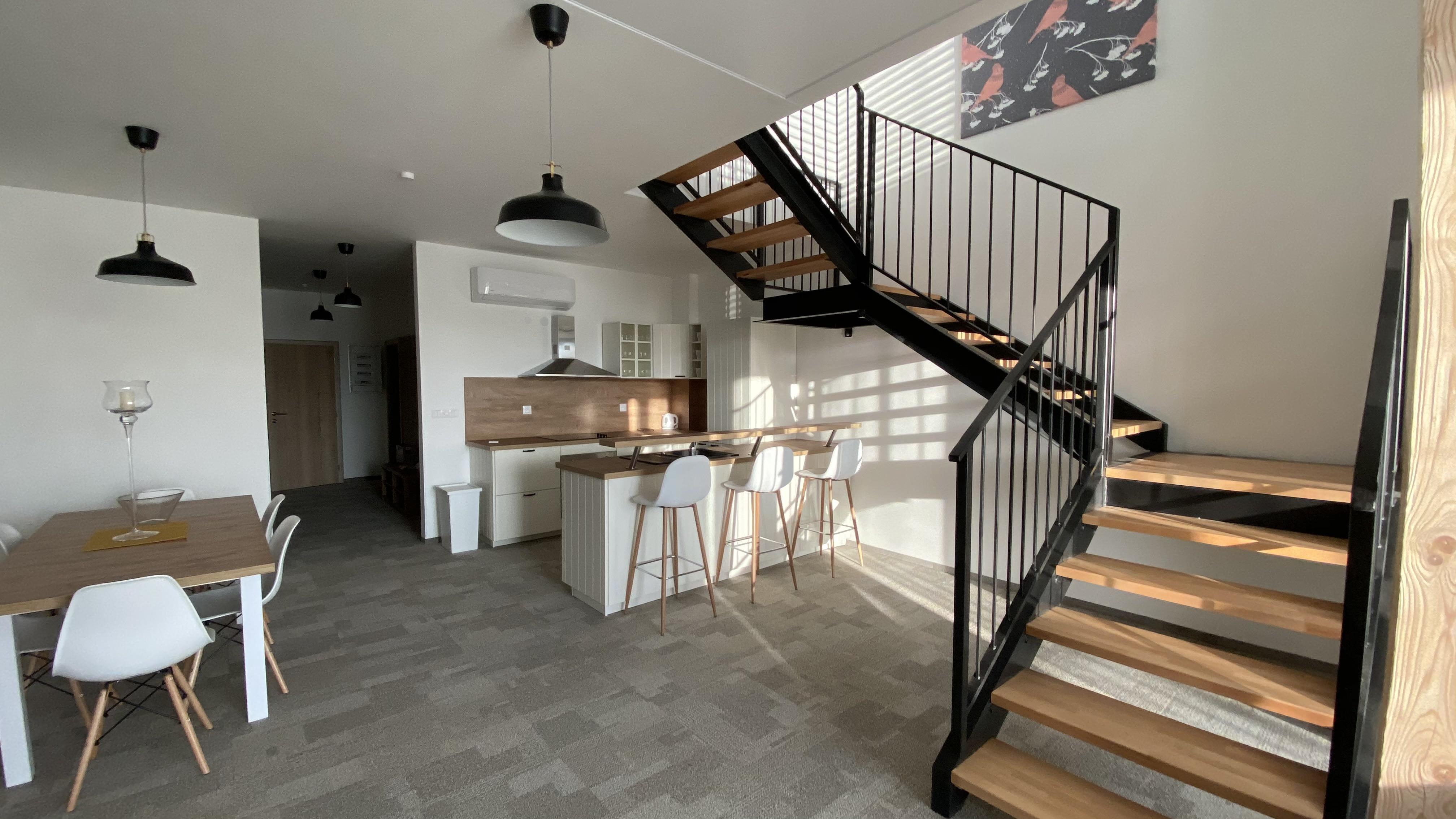 loft 1a