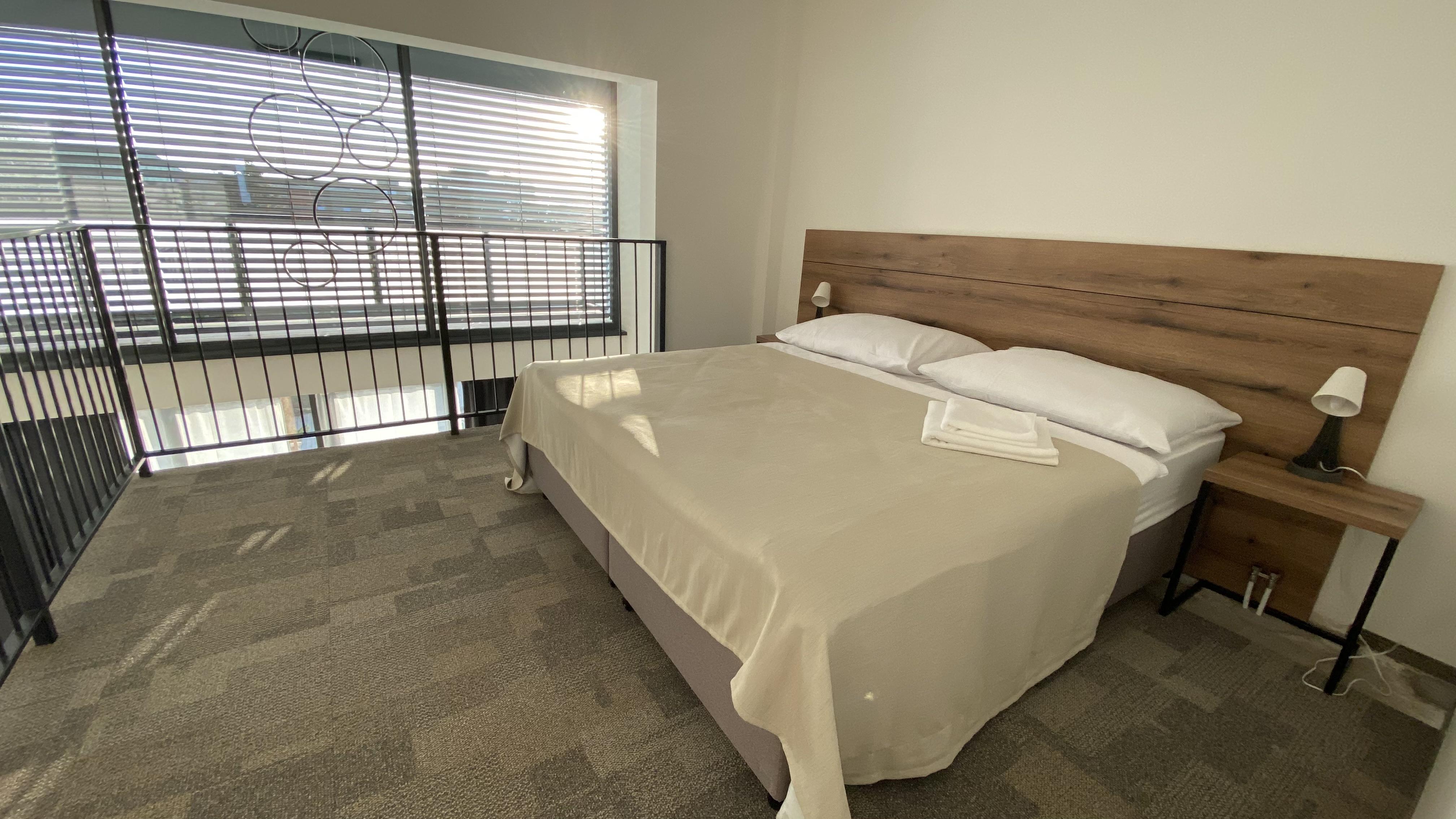 loft 3 postel